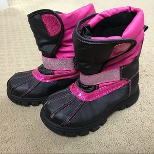 Other - 💖2/$24💖Girls Snow boots